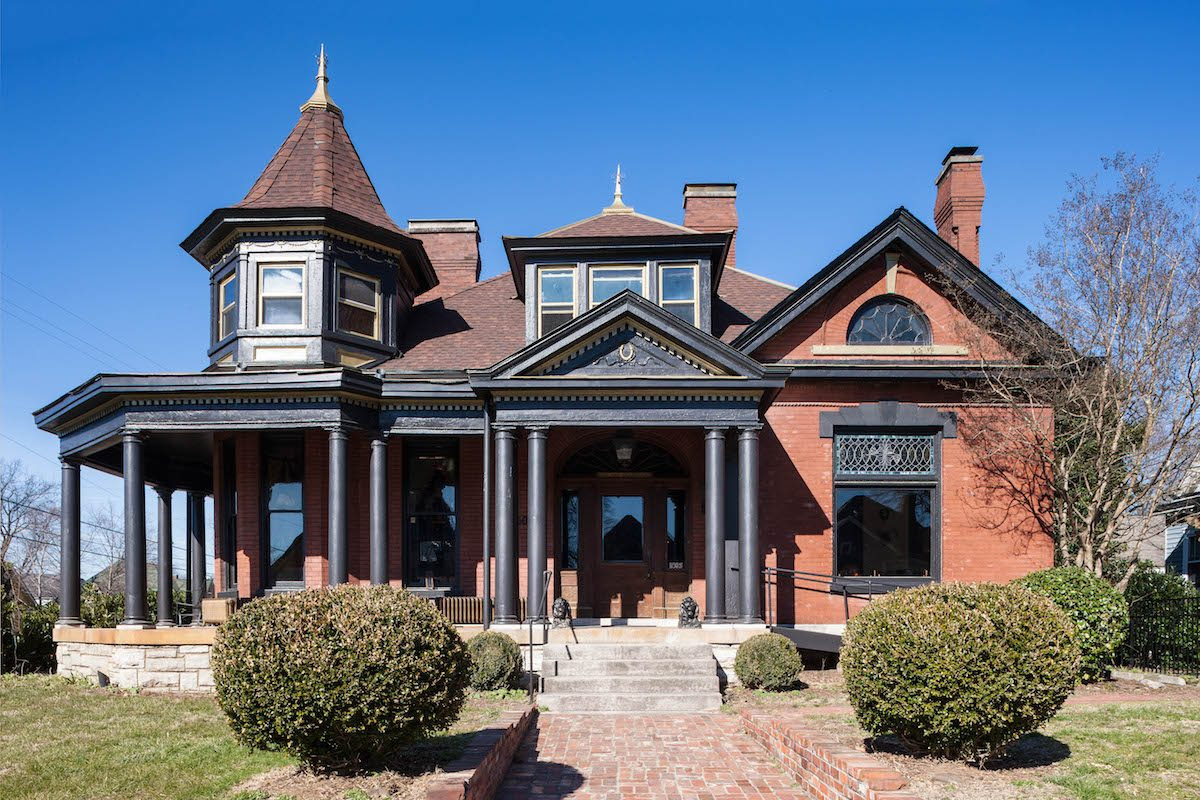 External view of Urban Cowboy B&B In Nashville. The building is an 1890's Queen Anne Victorian house. . The building is an 1890's Queen Anne Victorian house.. . The building is an 1890's Queen Anne Victorian house.. Photo courtesy of Ben Fitchett.